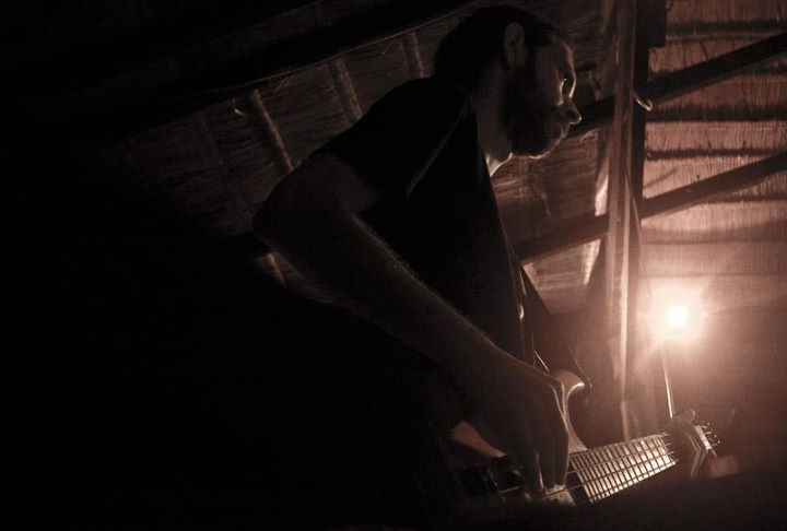 Kosma Solarius on e-bass at the JAM bar Koh Phangan