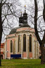 Kostel Nanebevzetí panny Marie a Karla Velikého