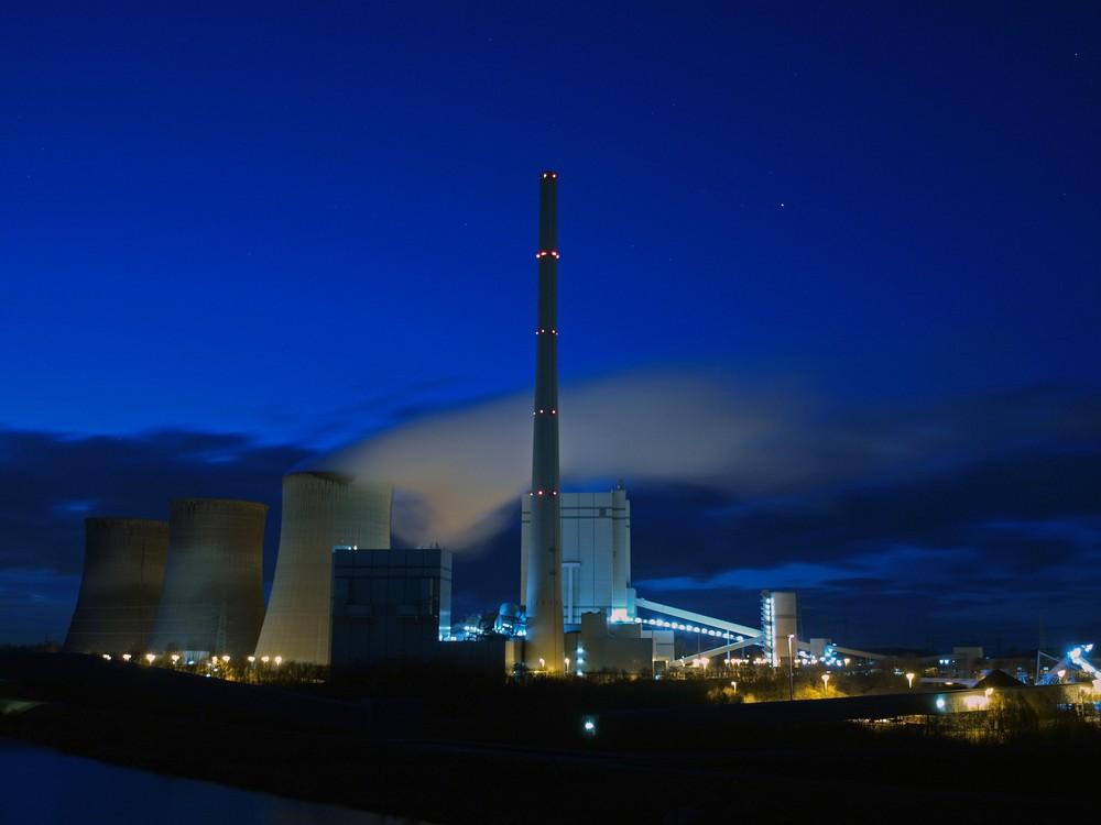 Kraftwerk Stockum - blaue Stunde (2)