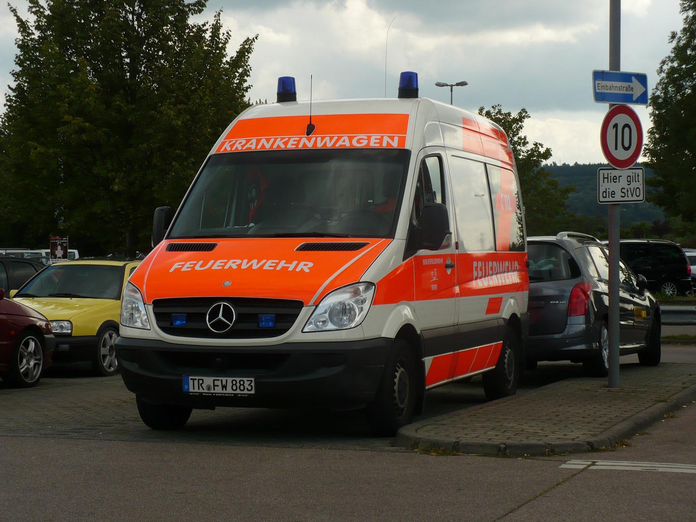 Krankentransportwagen Berufsfeuerwehr Trier
