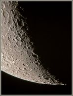 Kraterlandschaft im Süden