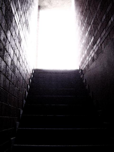 Kreatage II (Licht am Ende des Tunnels)