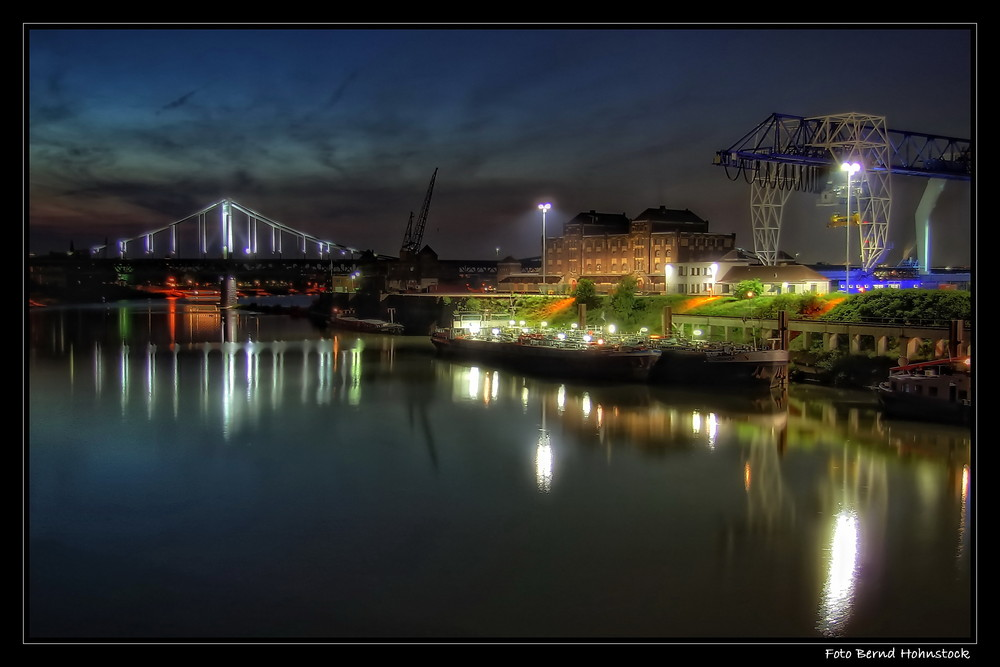 Krefeld ... Rheinhafen