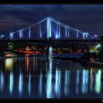 Krefeld-Uerdinger Rheinbrücke ...
