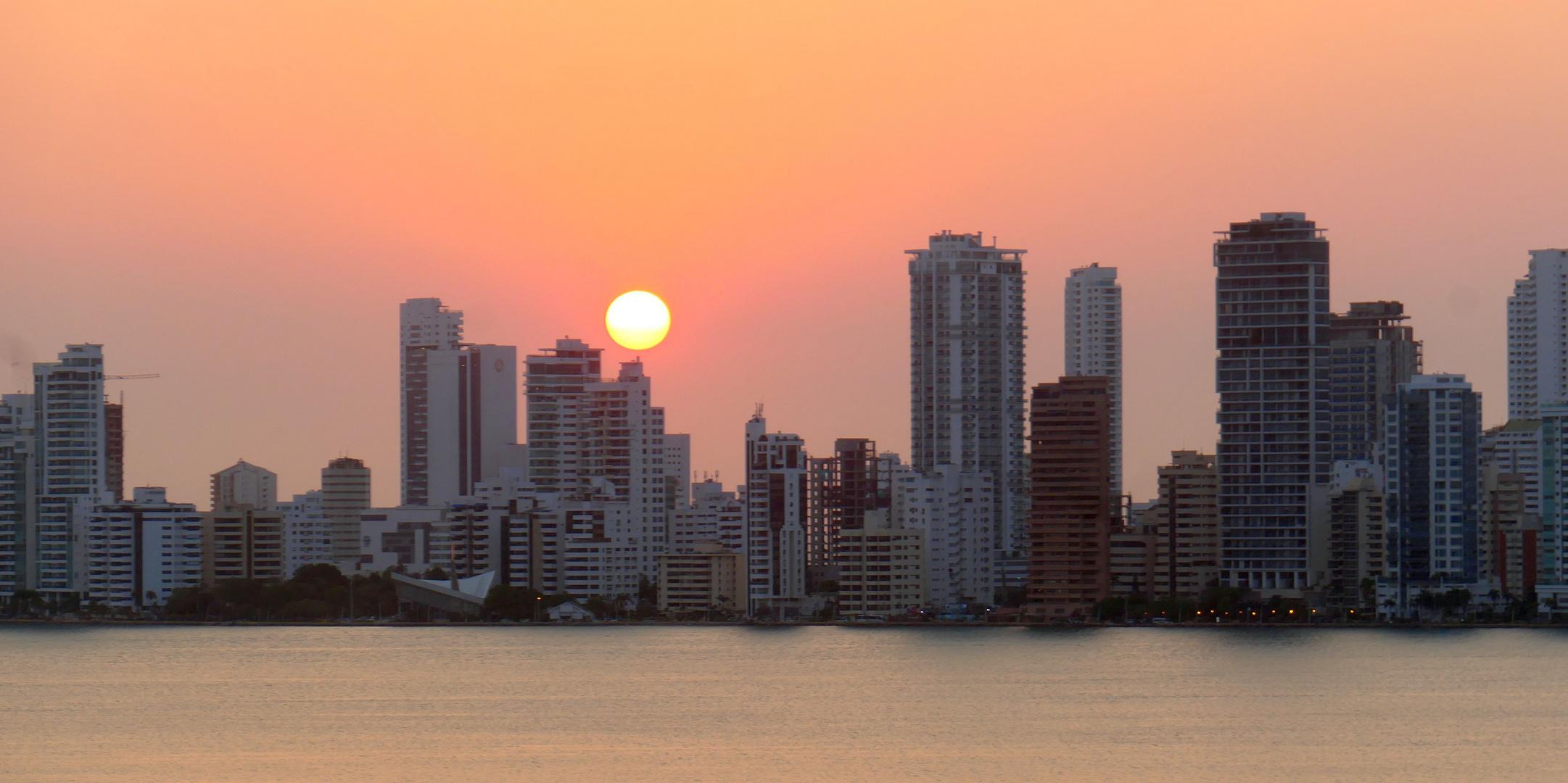 Kreuzfahrt_Kolumbien-Cartagena-Sonnenuntergang_02_2020