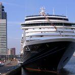 Kreuzfahrtschiff Westerdam in Rotterdam (01)