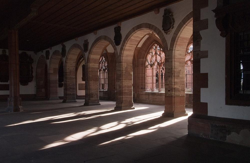 Kreuzgang im Licht