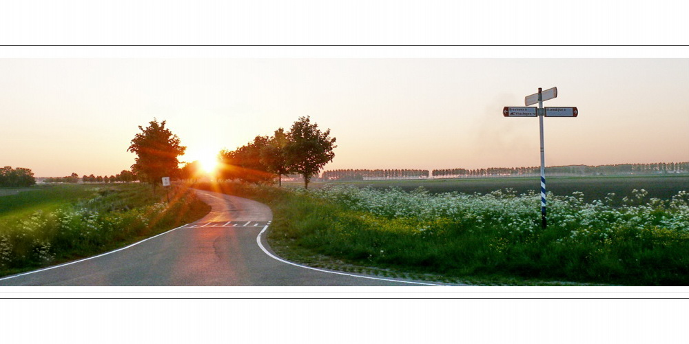 Kreuzung Krommeweg-Mauritsweg (Sonnenaufgang gesehen über Oranjedijk)