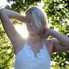 Kristin Roca - Sonne auf die leichte Schulter genommen