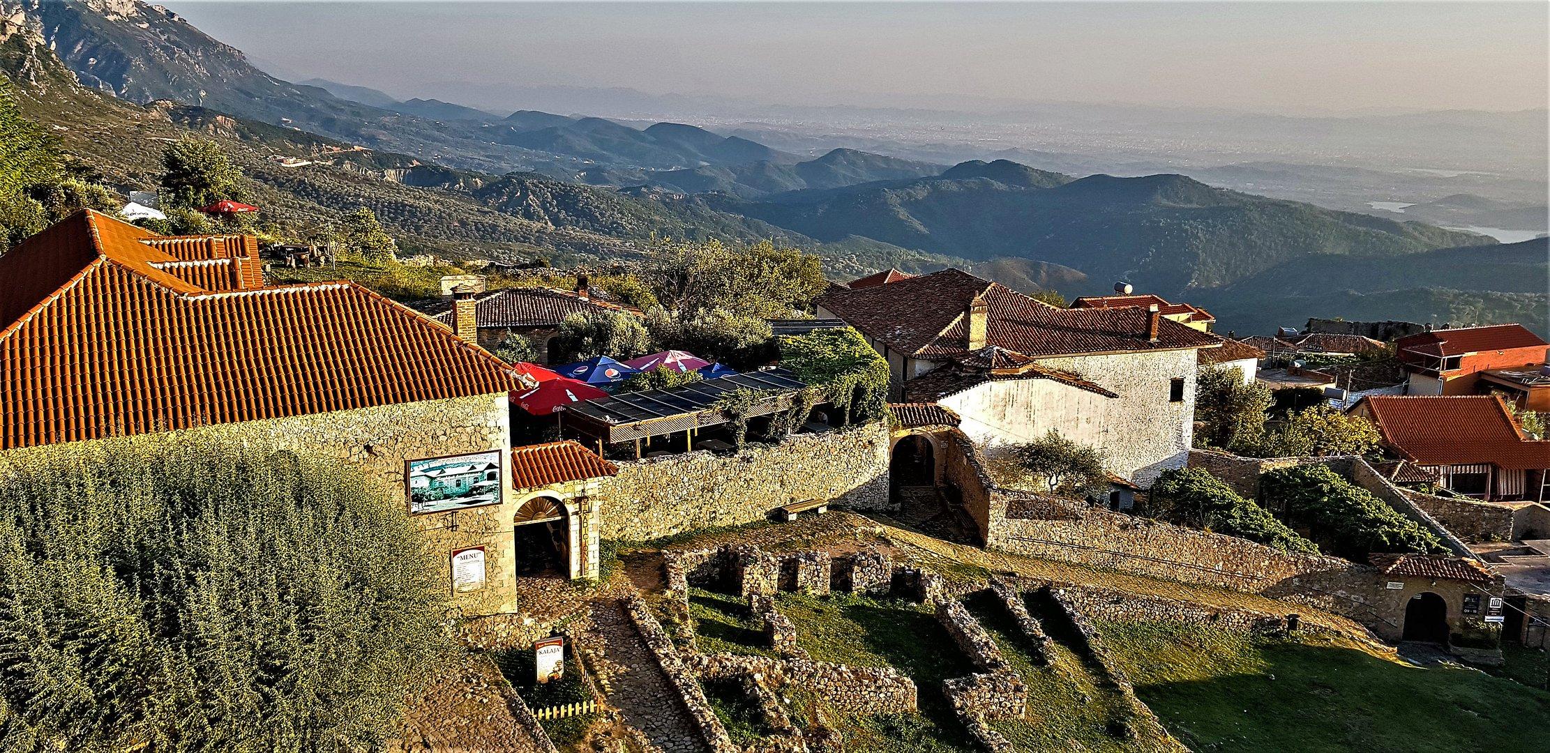 Kruje Festung Blick nach Tirana