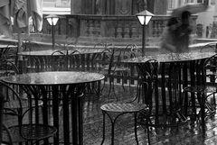 Krumlov im Regen