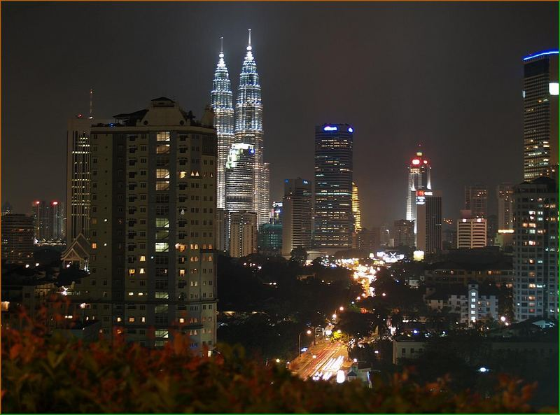 Petronas Tower in Kuala Lumpur Foto & Bild | architektur