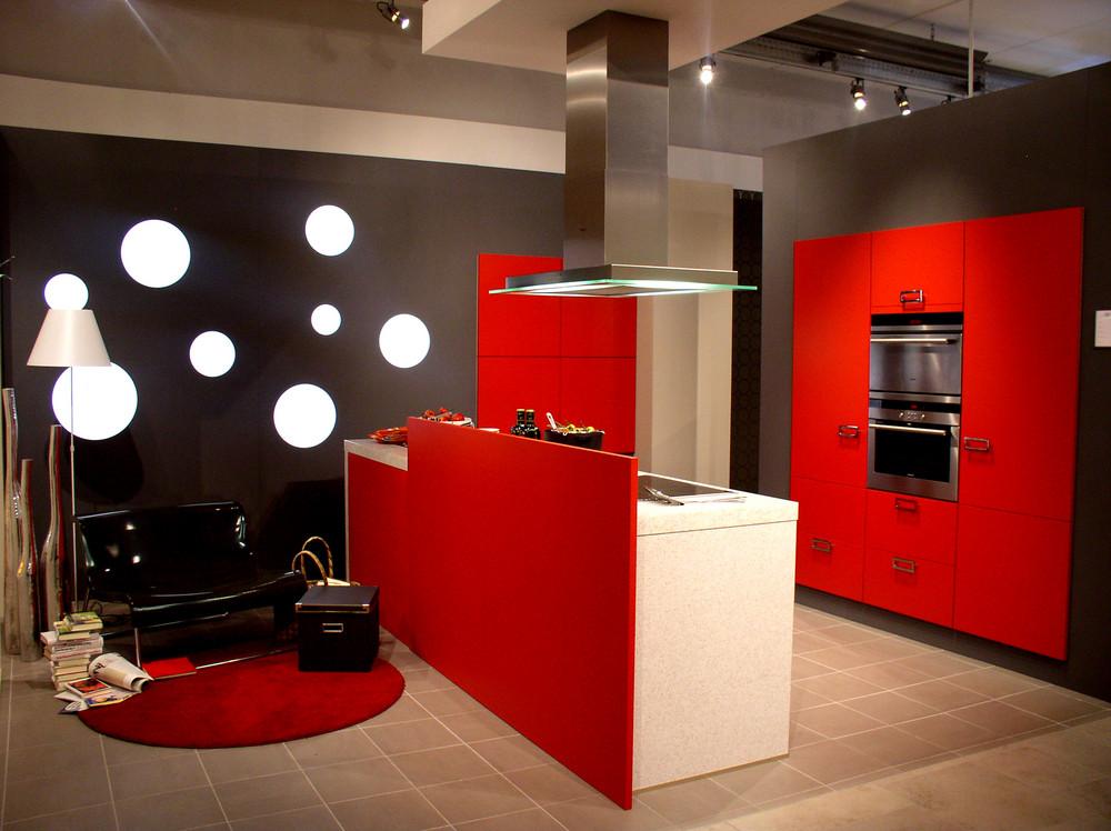 Küche im Rot