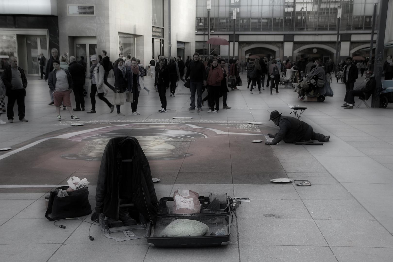 Künstlerblut am Alexanderplatz