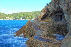 Küstenwanderung bei Biodola