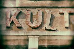 - KULT... -