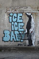 Kunst am Bau 3 - Eis für den Eisbär