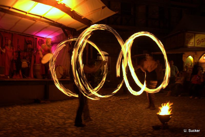 Kunst mit Feuer