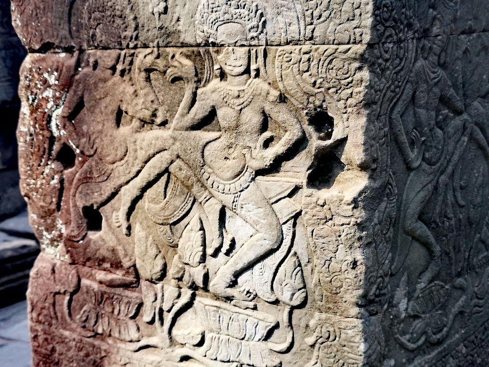 Kunst Relief Angkor Camb P20-20-col +8Fotos