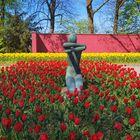 Kunst und Blumen vereint