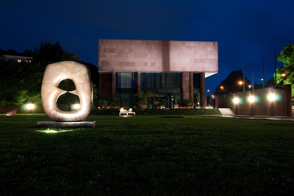 Kunsthalle Bielefeld bei Nacht
