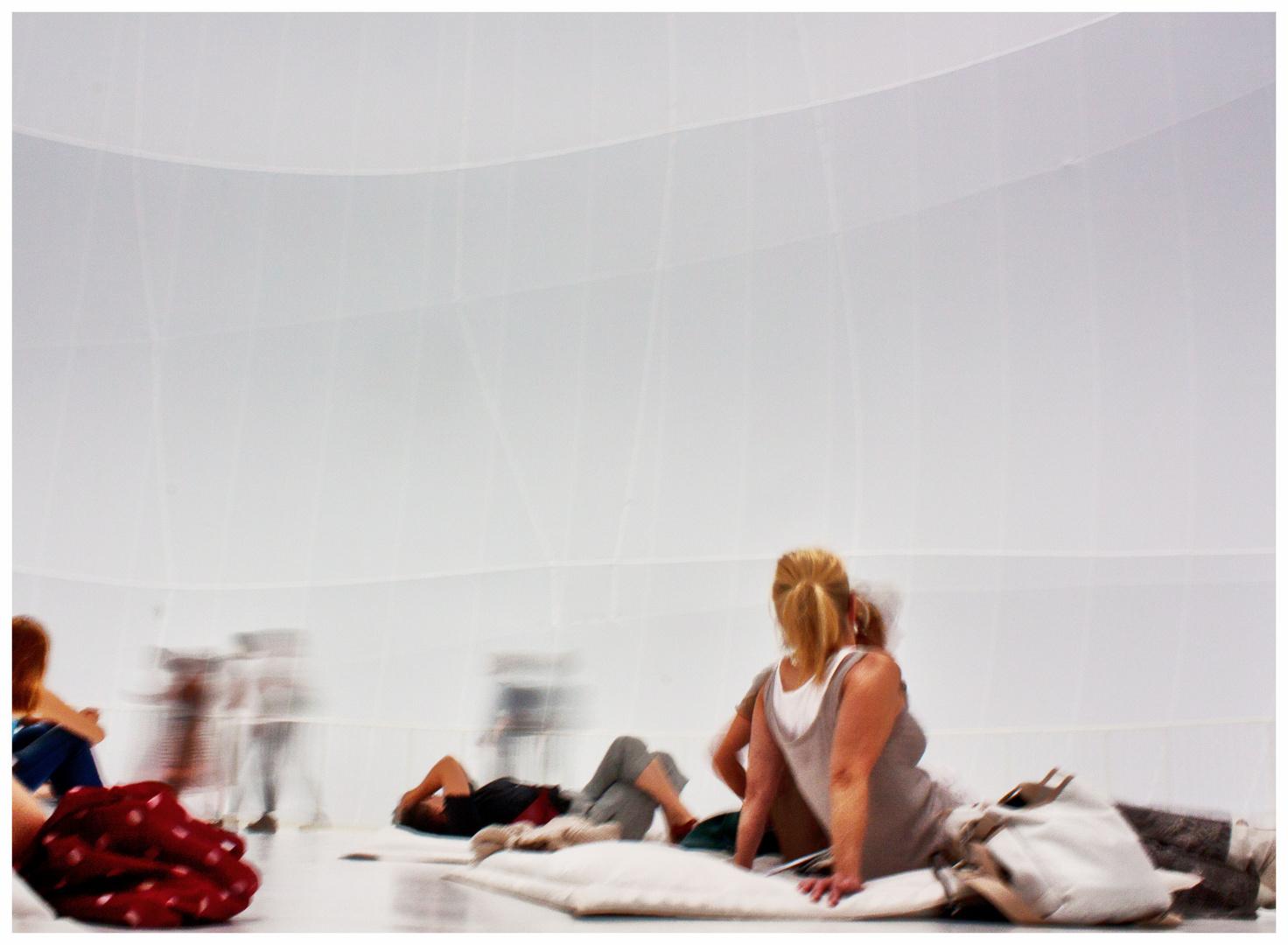 Kunstobjekt.4: Meditation im Big Air Package