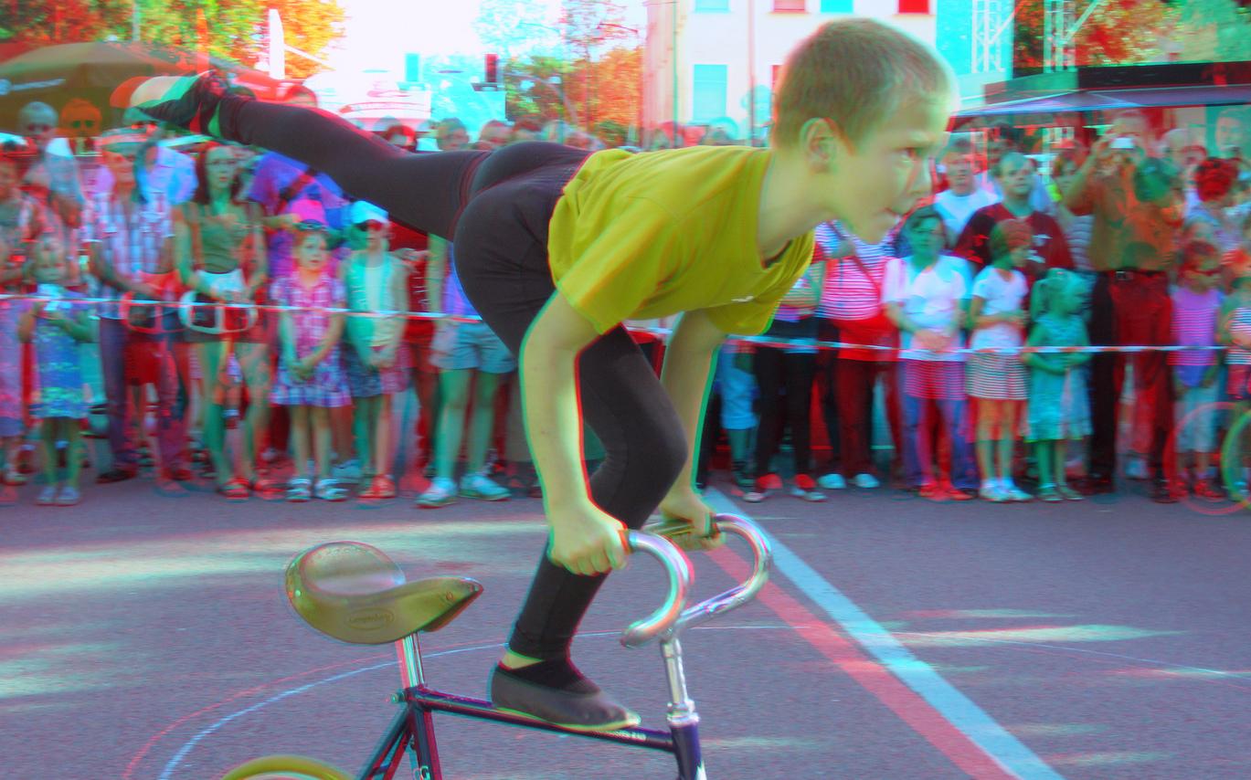Kunstradfahren (3D-Foto Nr.03)
