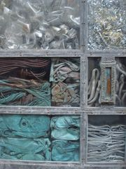 kunstvolle Entsorgung (Detail)