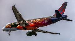 Kunstvolle Flugzeuglackierung