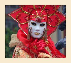 Kunstvolle Masken