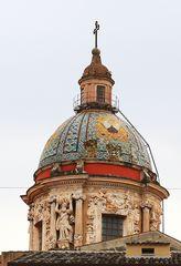 Kuppel der Carmine Maggiore