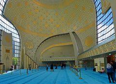 Kuppelsaal der Kölner Moschee