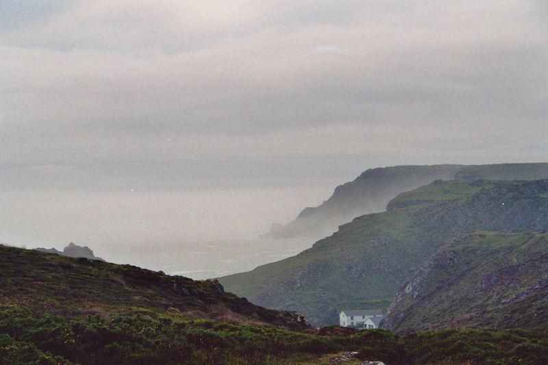 Kynance Cove im Nebel