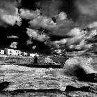 lì ,  dove l'onda bacia le nuvole