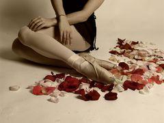 La bailarina, los petalos y yo