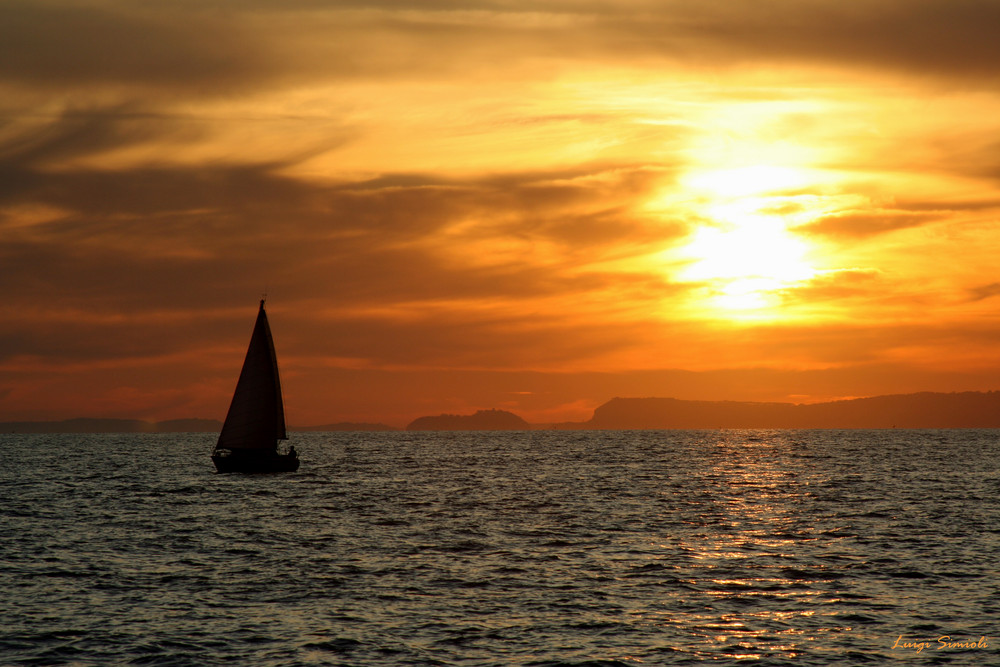 La barca al tramonto