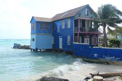 La Casa Azul, de los siete colores.