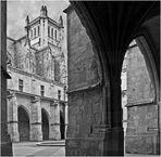 La Cathédrale Saint-Pierre de Condom vue du cloître (XVIème)
