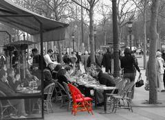La  chaise rouge