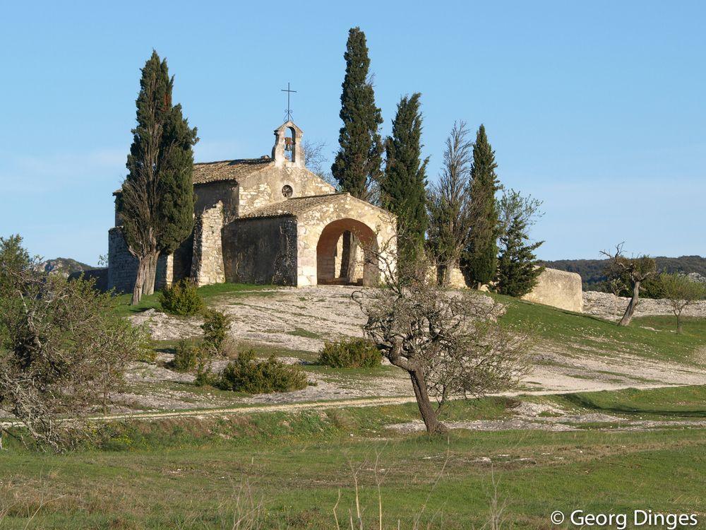 La chapelle Saint-Sixte d'Eygalières Provence 1.4.10