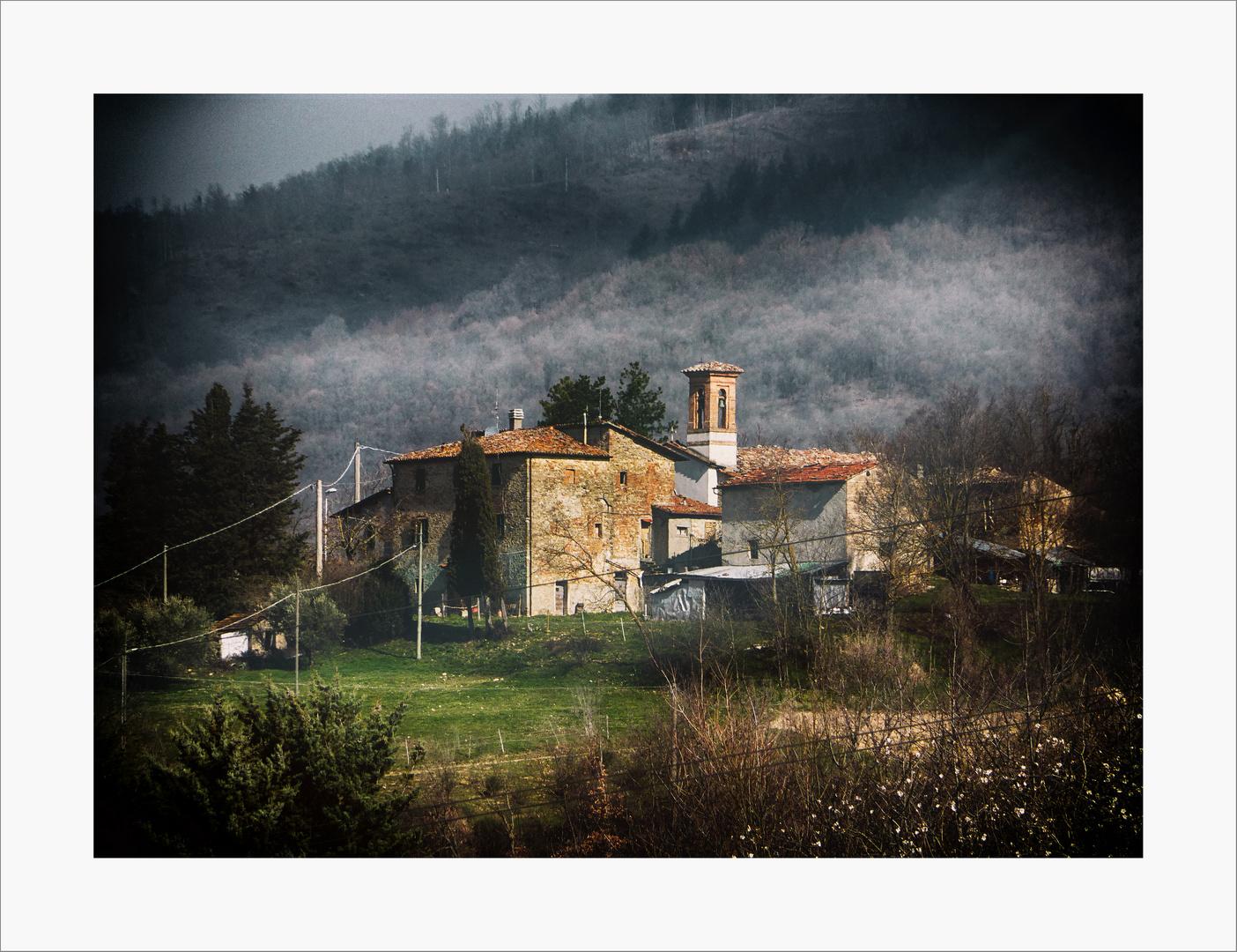 ..la chiesa in cima alla collina...