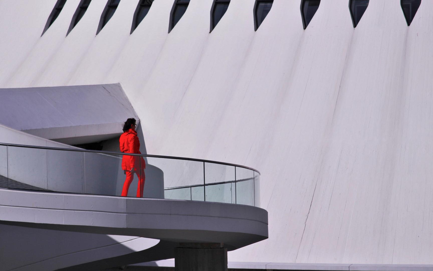 La dame en rouge - Au Havre -
