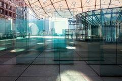 La Défense 1 - Transparence, qui trouve l'Arc de Triomphe ?