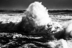 < La dent de la mer >
