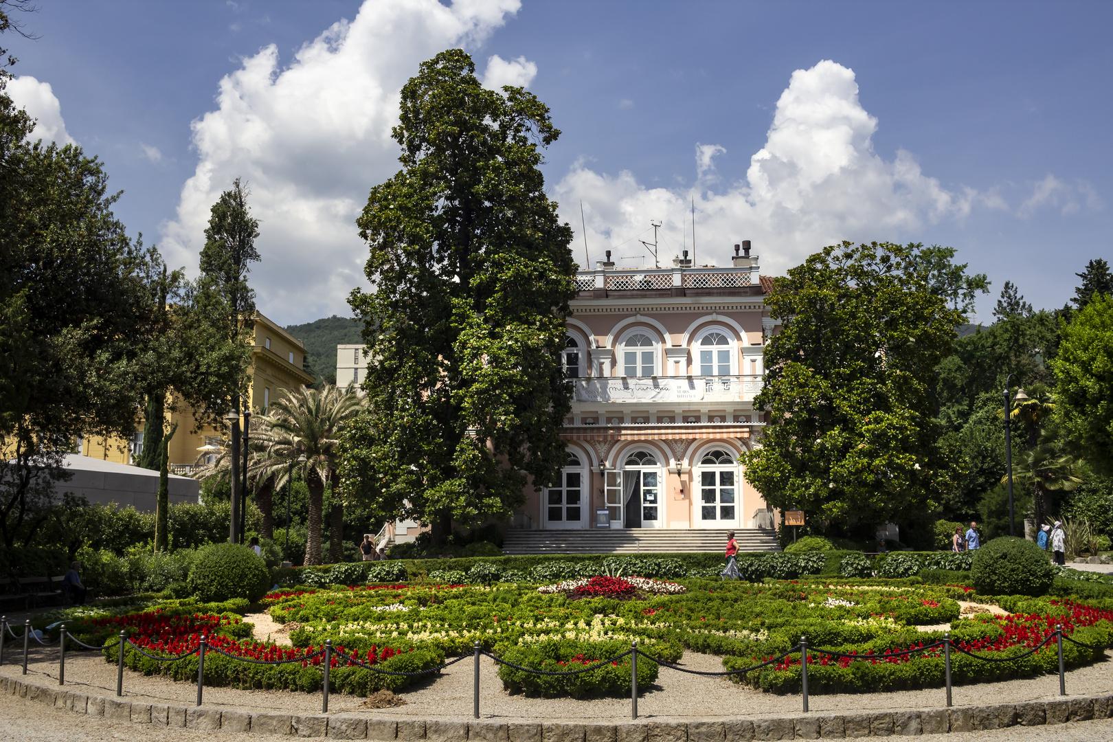 La elegante Opatija- III  Villa Angiolina