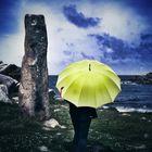 La femme au parapluie à la pointe de Primel {73}