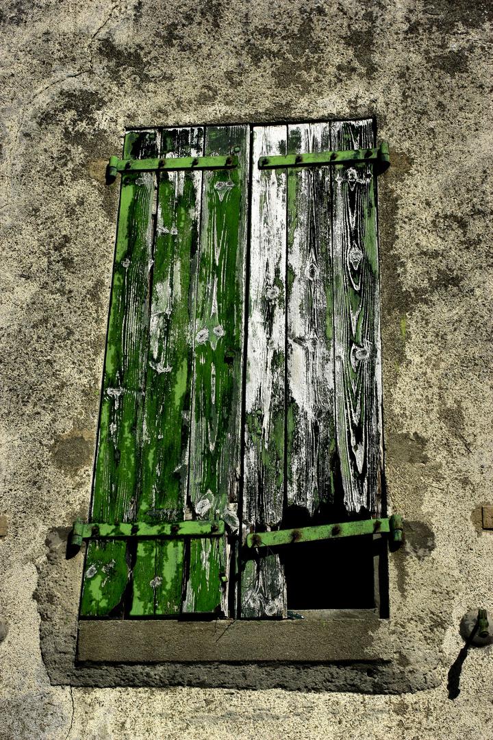 La fenêtre abandonnée