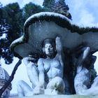 la fontana delle cariatidi