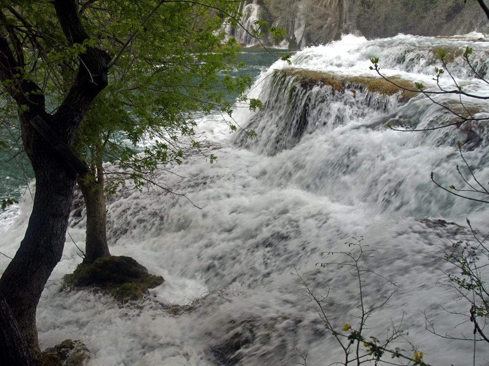 La force de l'eau ... Die Kraft des Wassers ...