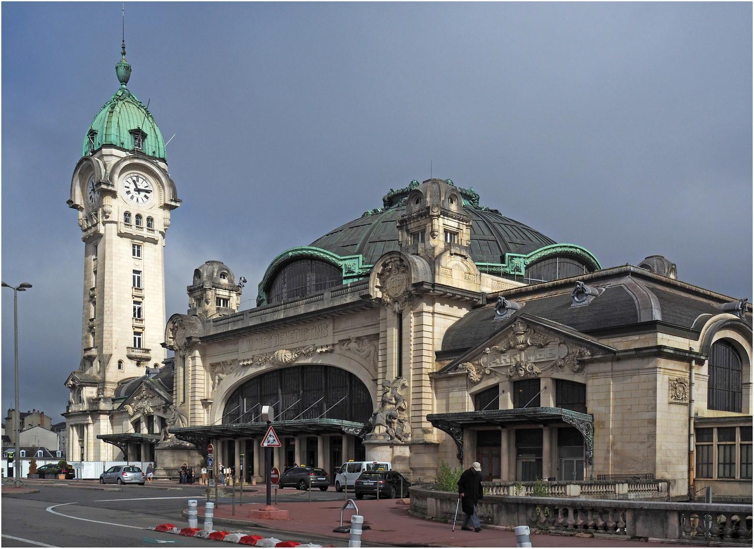 La gare de Limoges Bénédictins et son campanile